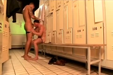 Swimmers locker room bunch-sex