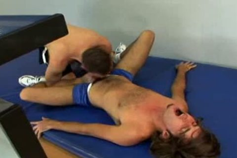 Dempsey Stearns acquires poked by Shane