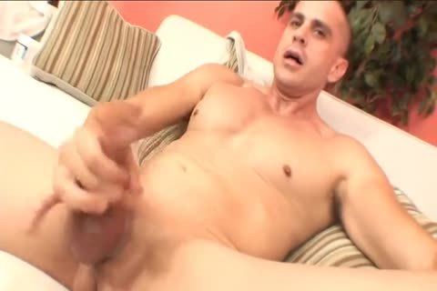 yummy muscular chap acquires Sucked
