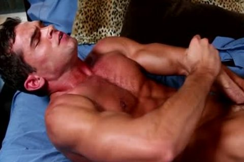 Luke Milan Masturbating!