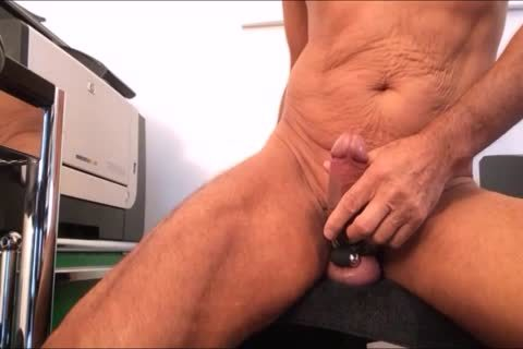 u Like The Precum And Yoou Play also With It. Come On And have a enjoyment u With Me. Rate Me!