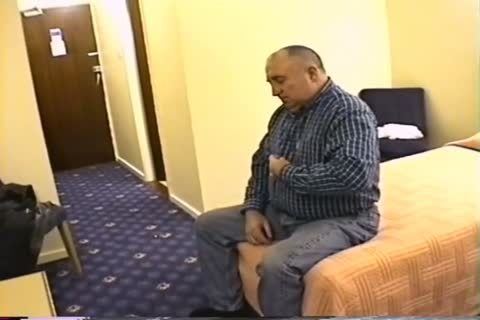 daddy guy  jack off In Hotel Room