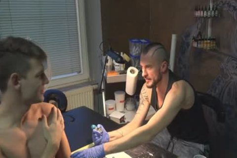 admirable Sex For cash In A Tattoo Studio
