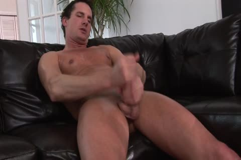 filthy chap loves To Jerk His dong On Camera For Your pleasure