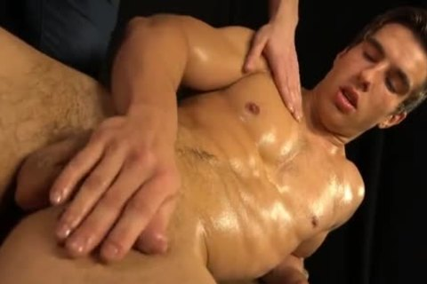 Muscled young sexy Erik Drda