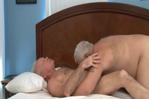 Two mature friends Have A good bang