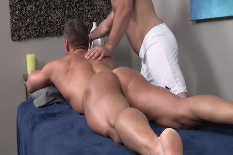 unprotected Oiled Muscle Rubdown