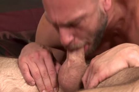 males O thirty Morning Wood_Devin Adams_Hans Berlin