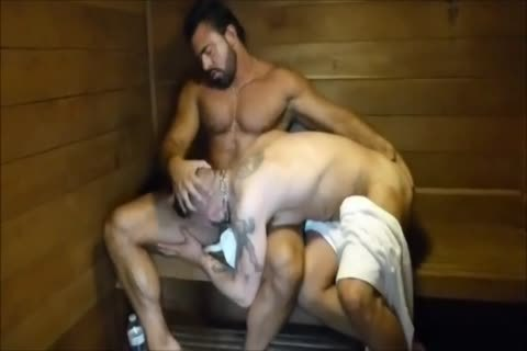 MM Two hairy Muscle Hunks nail bare At The Gym