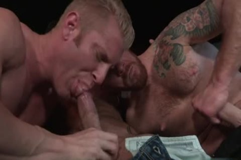 Muscle Bear 3some And anal ejaculation