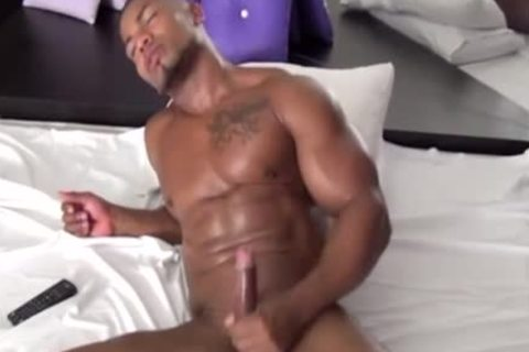 darksome Muscle Hunk Jerkoff
