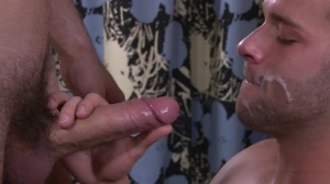 Trophy boyz - Luke Adams with Jarec Wentworth anal Hook up