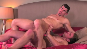 Commuters - Connor Maguire and Jeremy Spreadums ass sex