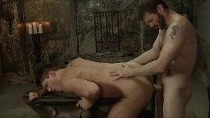 homo Of Thrones - Theo Ford, Dennis West anal Hook up