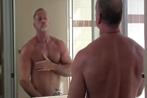 tasty Muscle Daddy Mikey Shower jerk off