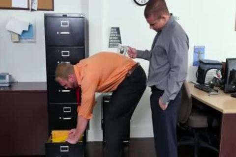 GRAB anal - recent Employee gets Broken In By The Boss, Adam Bryant