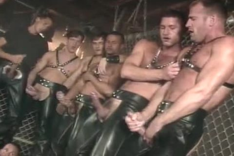 homo  Leather Sex