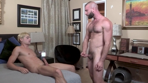 FamilyDick: Raw hard ramming with Taylor Reign Donnie Argento