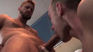 Family Dick: Naughty hunk Wesley Woods needs ramming hard
