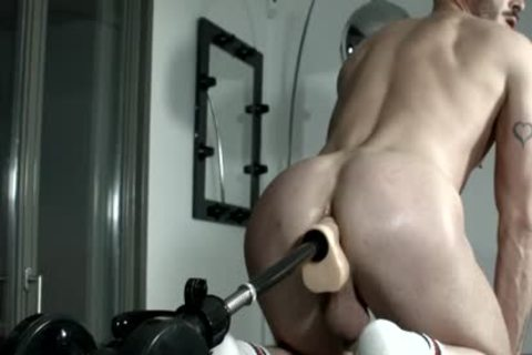 Muscled villein For Pervy fuck Machine Session