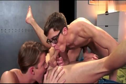 lusty twink receives Spitroasted And Double permeated unprotected