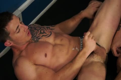 RB2683 Austin Wolf Gives Richard Pierce butthole A Workout