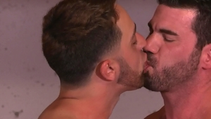 IconMale: DILF Andrew Fitch enjoying huge cock daddy