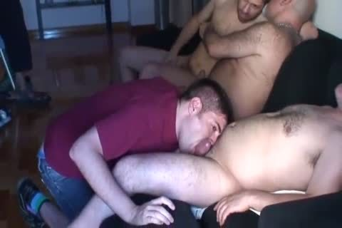 threesome Of daddy And A fresh To love juice On His Face
