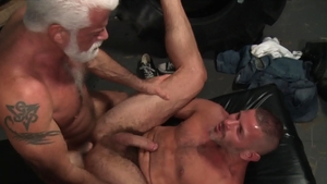 Men Over 30: Gay Clay Towers smashed by huge dick daddy