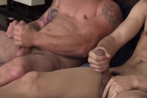 Dusty And Troi Serviced