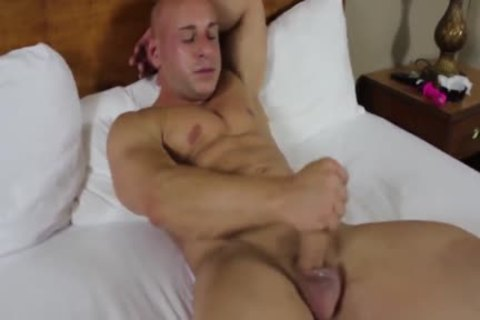 Stocky Muscle Bald jerk off And Play With sextoys