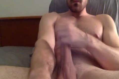 fashionable And pumped up guy Masturbating In webcam