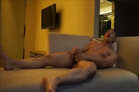 Muscle Chinese twink Solo Masturbate